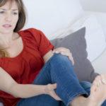 女性でも痛風になる!?血液検査で尿酸値(UA)が高い時の原因と対策