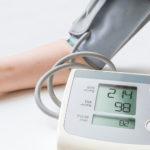 下は正常値で上の血圧(最高血圧)だけが高いのはなぜ?原因と改善方法